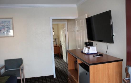 Welcome To Riverside Inn & Suites - Multi-Room Suites\n